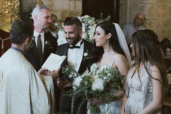 modern-romantic-wedding-white-hues_14