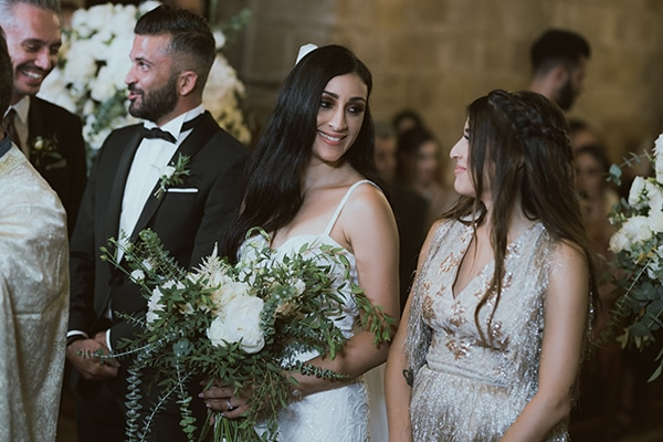 modern-romantic-wedding-white-hues_15