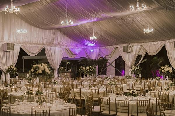 modern-romantic-wedding-white-hues_19