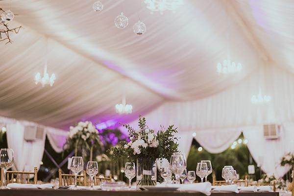 modern-romantic-wedding-white-hues_20