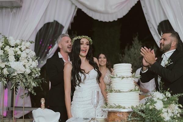 modern-romantic-wedding-white-hues_23