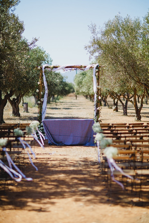 natural rustic wedding Greece-16