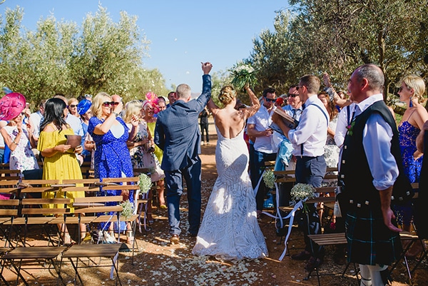 natural rustic wedding Greece-24