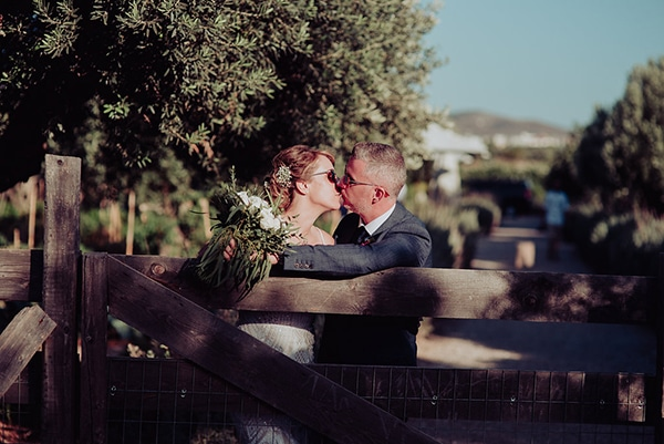 natural rustic wedding Greece-34