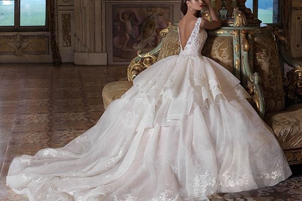 Υπεροχα νυφικα για μια πριγκιπικη εμφανιση | Demetrios Platinum Collection 2019