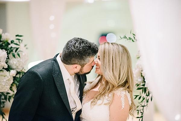 romantic-wedding-white-floral-designs_31