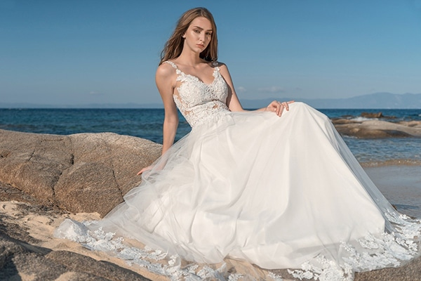 wonderful-wedding-dresses-summer_02