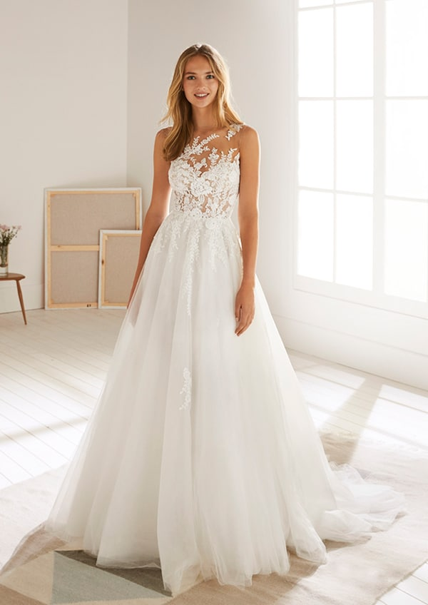 dreamy-bridal-dresses-white-one-collection-2019_04x