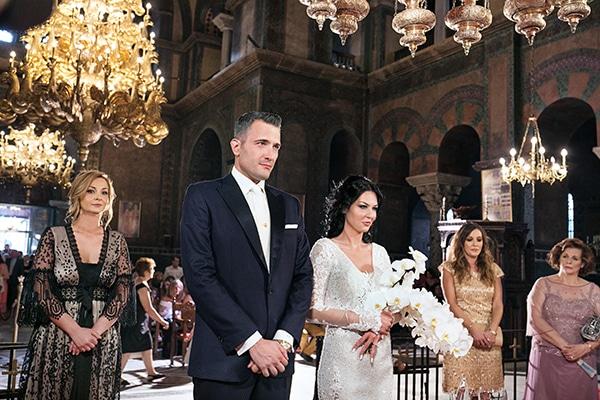 elegant-chic-wedding-main-colour-white_21