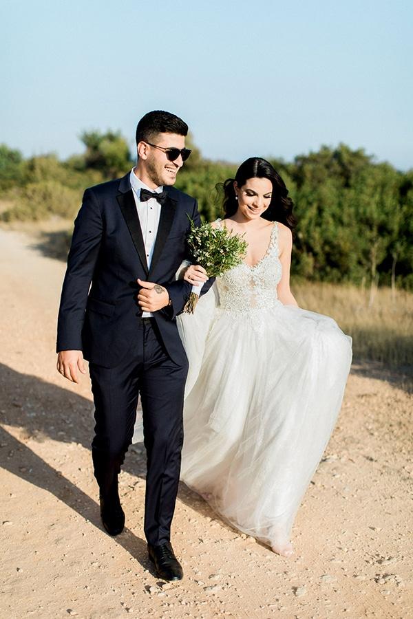 elegant-romantic-wedding-white-hues_06