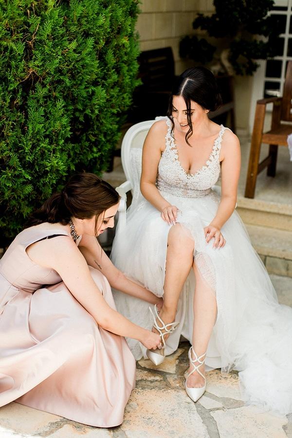 elegant-romantic-wedding-white-hues_12