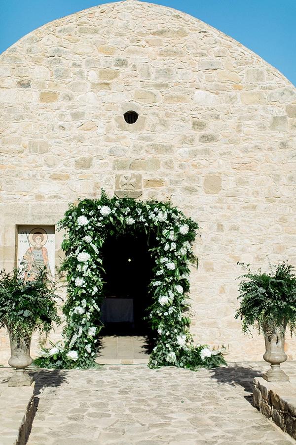 elegant-romantic-wedding-white-hues_17