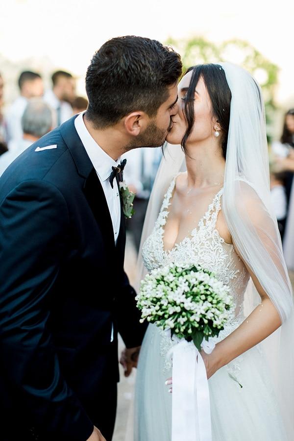 elegant-romantic-wedding-white-hues_30