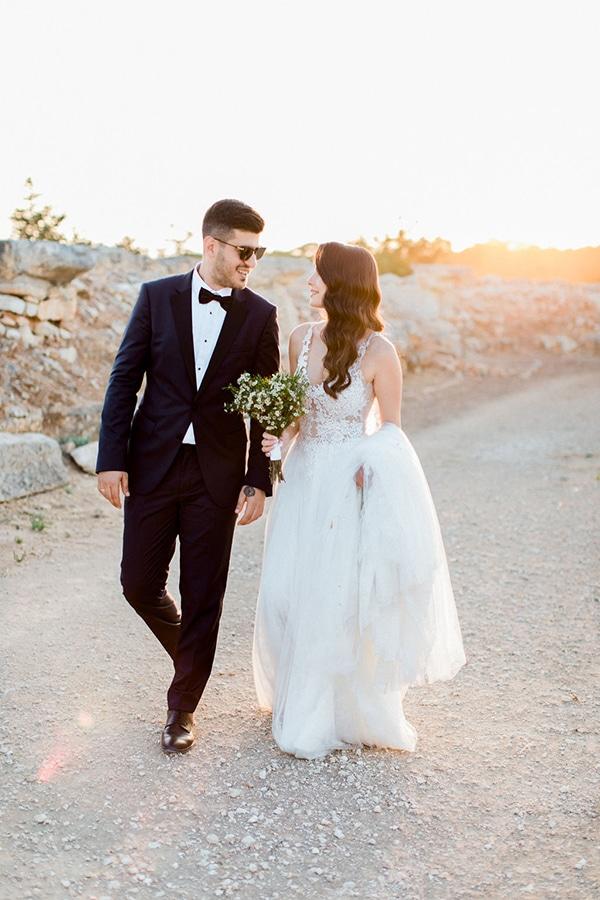 elegant-romantic-wedding-white-hues_43
