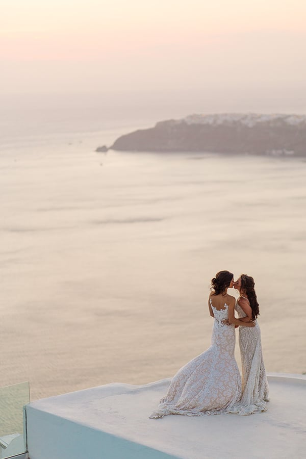 beautiful-destination-wedding-santorini_23x