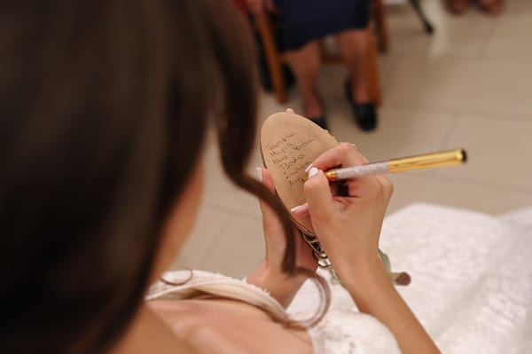 fall-wedding-white-hues_15