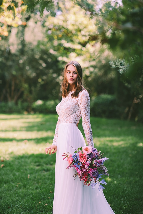 lavish-bridal-shoot-prettiest-flowers_32