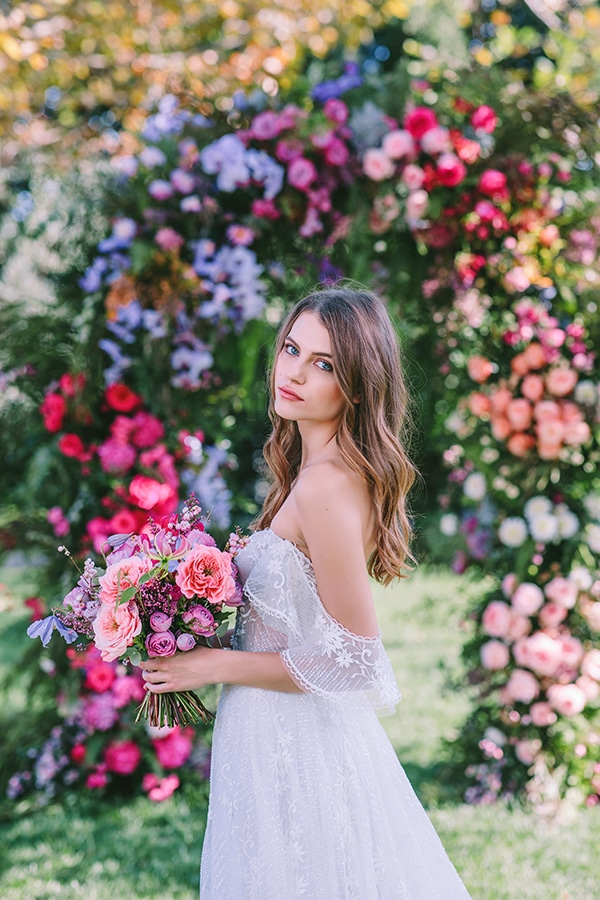 lavish-bridal-shoot-prettiest-flowers_34