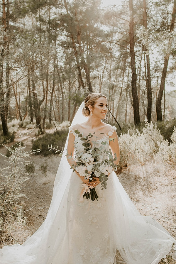 lovely-cyprus-wedding-pastel-hues_04