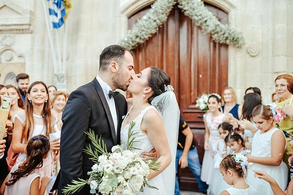 Ρομαντικός φθινοπωρινός γάμος στην Κύπρο