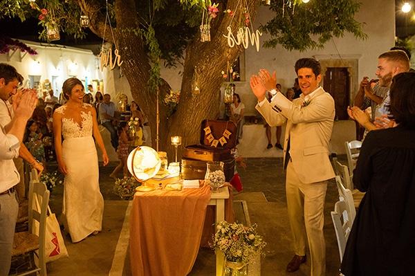romantic-wedding-beautiful-folegandros_27X