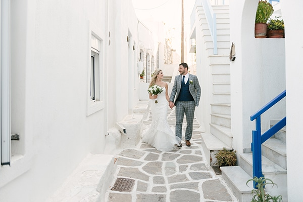 romantic-wedding-island-white-flowers_05