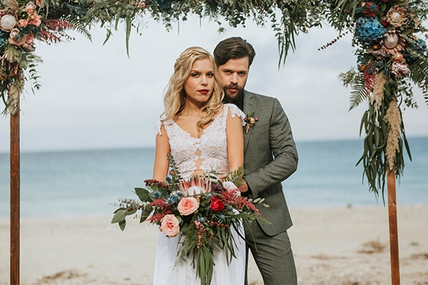 Rustic glam styled shoot on the beach