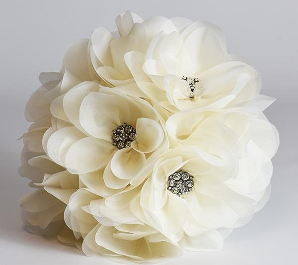 unique-fabric-wedding-flower-bouquets_04