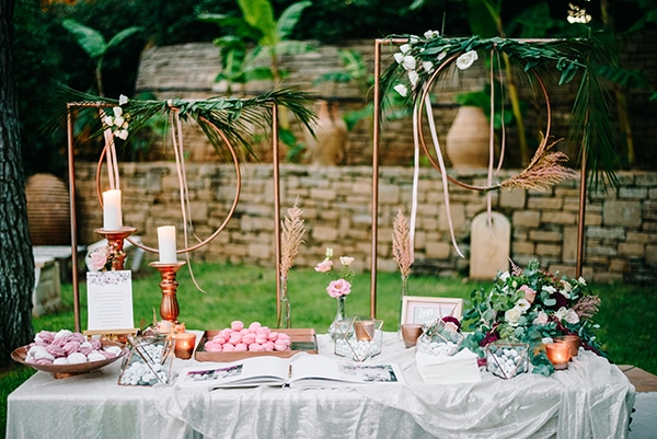 elegant-autumn-wedding-geometric-decoration-items_44