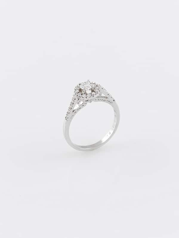 gorgeous-jewelry-special-moment_03