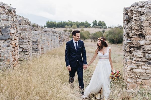 Καλοκαιρινός γάμος με πολύχρωμα λουλούδια | Αννίτα & Γιώργος
