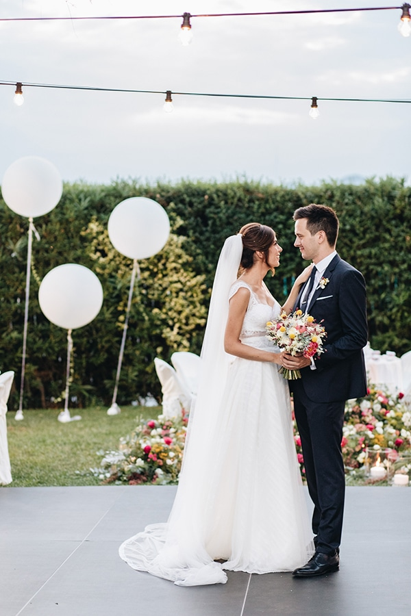 summer-wedding-colorful-flowers_25