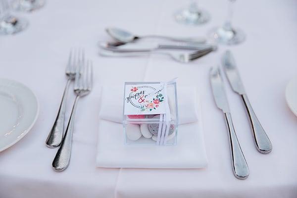 Μπομπονιέρα γάμου σε plexi glass
