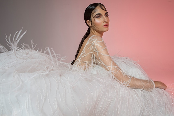 Υπέροχα νυφικά φορέματα για το 2019 | Mairi Mparola
