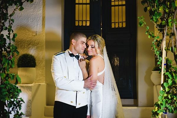 Όμορφος στρατιωτικός γάμος σε χρυσές και λευκές αποχρώσεις │ Ζωή & Γιάννης