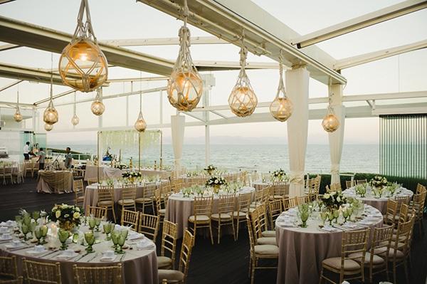 beautiful-elegant-wedding-gold-white-hues_18