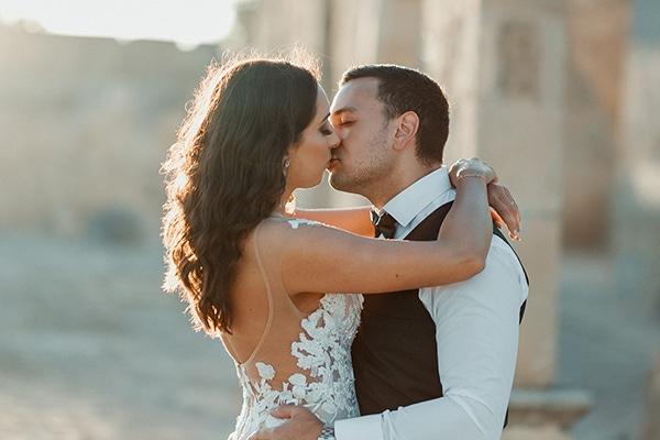 beautiful-rustic-summer-wedding-paphos_00