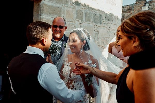 beautiful-rustic-summer-wedding-paphos_34