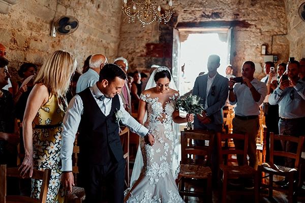 beautiful-rustic-summer-wedding-paphos_36