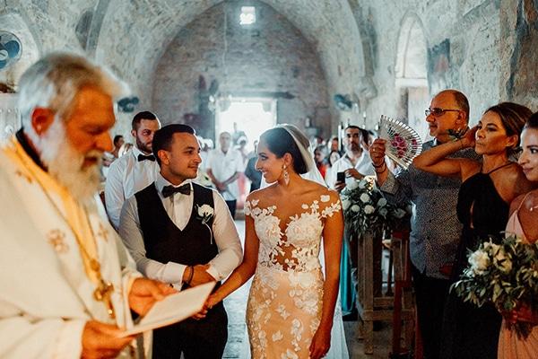 beautiful-rustic-summer-wedding-paphos_37