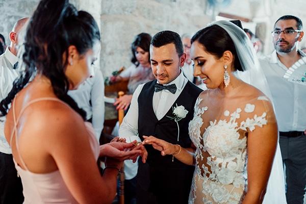 beautiful-rustic-summer-wedding-paphos_39
