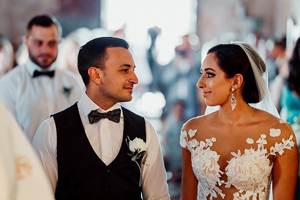 beautiful-rustic-summer-wedding-paphos_46