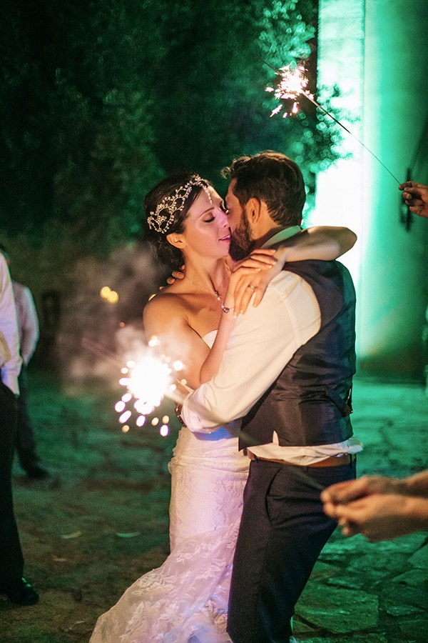 beautiful-rustic-wedding-rethymno_27