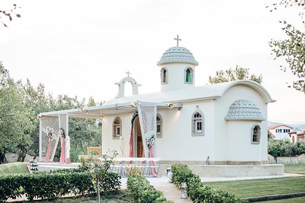 Εκκλησάκι Αγίου Νεκταρίου και Αγίου Παϊσίου