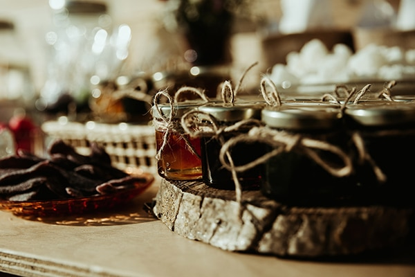traditional-wedding-rustic-details_24x