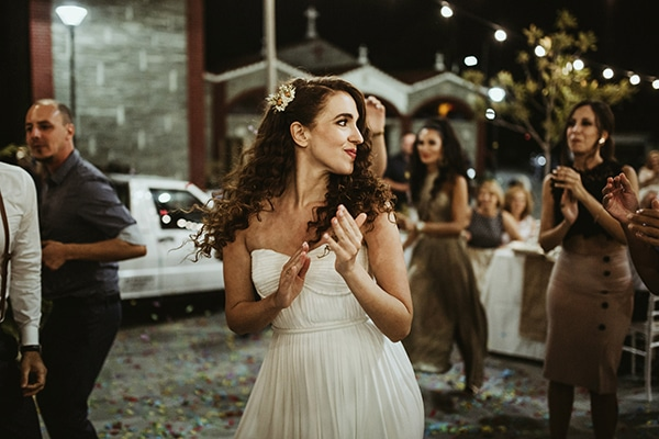 traditional-wedding-rustic-details_36x