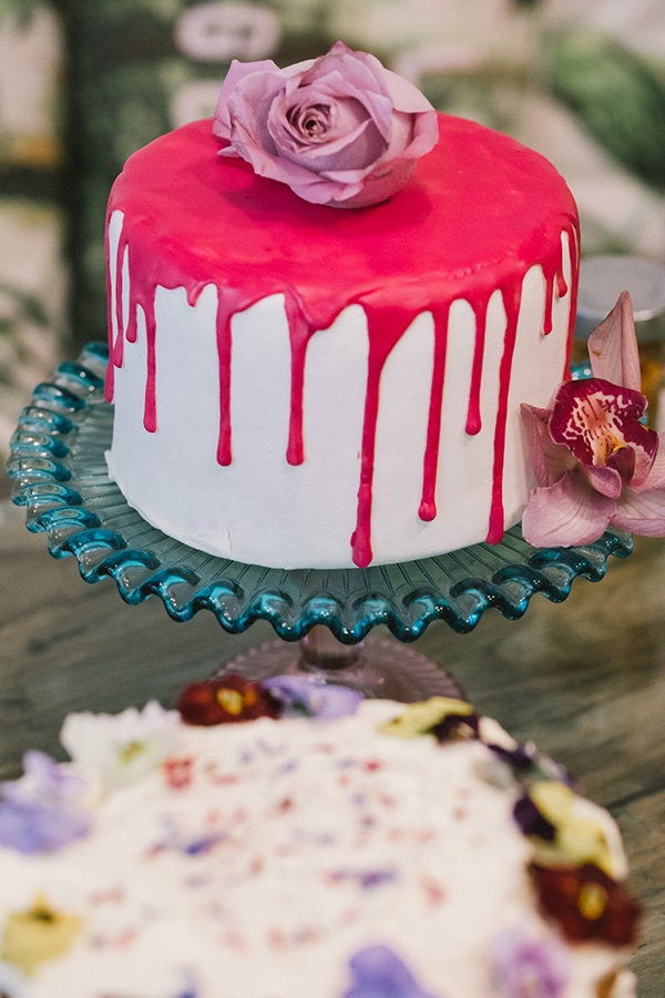 Colorful τούρτα γάμου
