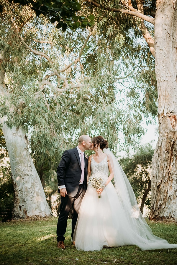 vintage-rustic-wedding-neutral-colors_03