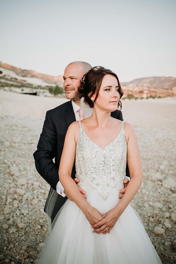 vintage-rustic-wedding-neutral-colors_22