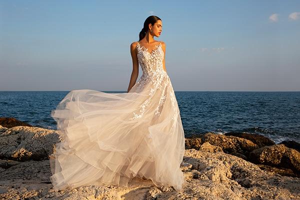 wonderful-wedding-gowns-unforgettable-look_10